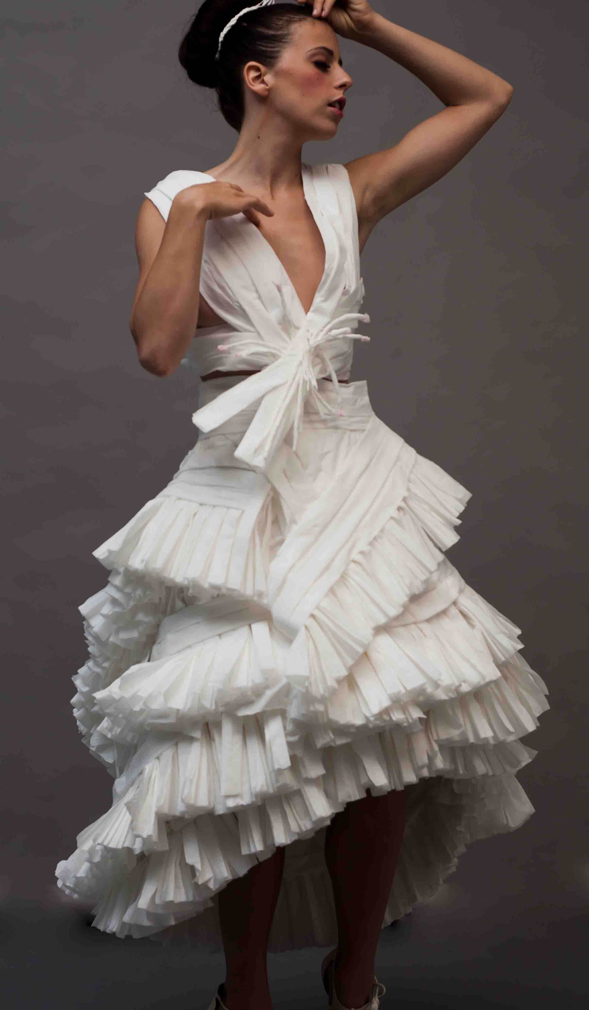 The 2013 toilet paper wedding dress contest for Toilet paper wedding dress 2017