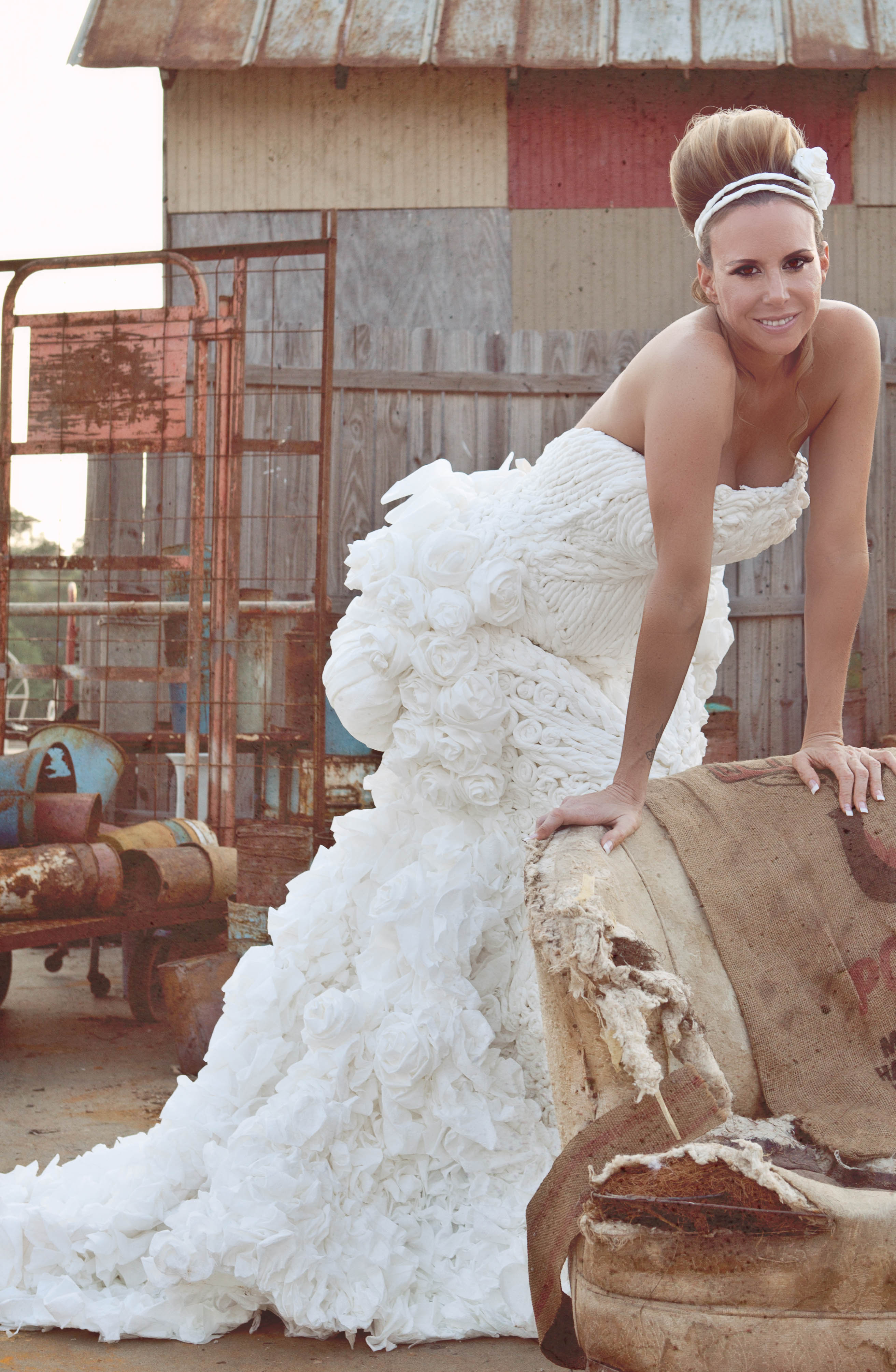 The 2011 toilet paper wedding dress contest for Toilet paper wedding dress 2017