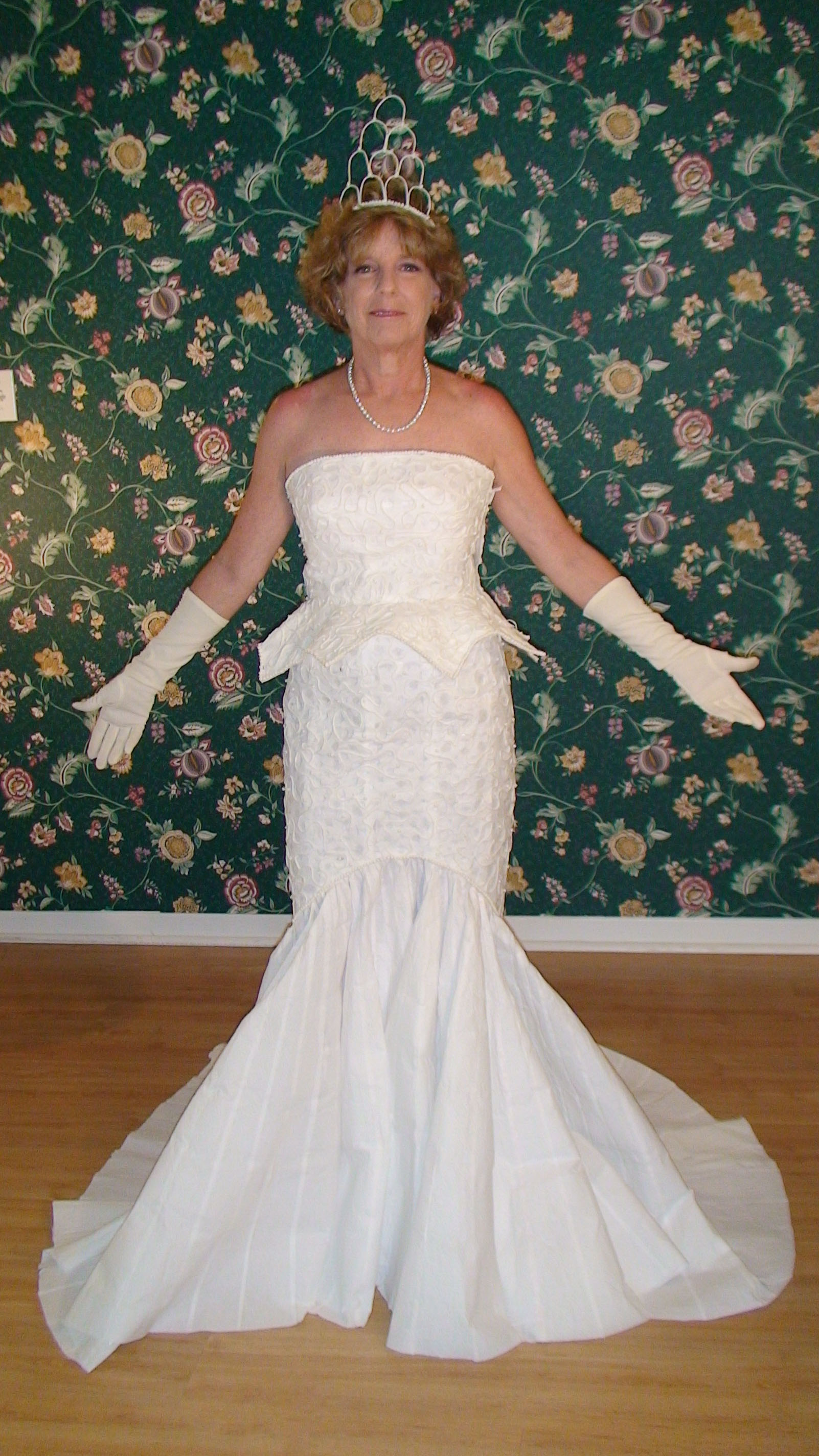 The 2009 toilet paper wedding dress contest for Toilet paper wedding dress 2017